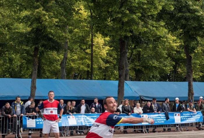 BALLON AU POING - Championnats de France